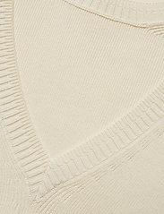 Gant - D1. PP V-NECK BACK - neulepuserot - cream - 3
