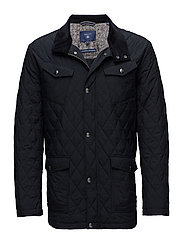 THE CENTRAL POND QUILTER - BLACK