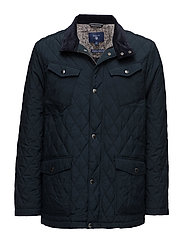 THE CENTRAL POND QUILTER - NAVY