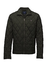 O1. THE QUILTED WINDCHEATER - COUNTRY GREEN