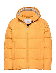 D2. THE ALTA DOWN JACKET - IVY GOLD