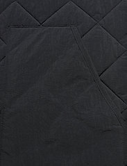 GANT - D1. QUILTED VEST - vests - black - 3