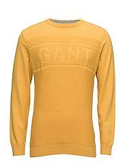 O1. GANT LOGO TEXTURE CREW - GOLDEN YELLOW