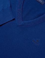 GANT - CLASSIC COTTON V-NECK - knitted v-necks - crisp blue - 2