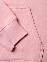Gant - GANT SHIELD HOODIE - hoodies - royal pink - 3