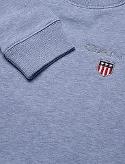 GANT - D1. MEDIUM SHIELD SWEAT C-NECK - sweatshirts - frost blue mel - 2