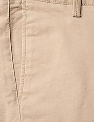 GANT - GANT CHINO - trousers - dry sand - 2