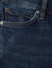 GANT - D2. JEANS SHORTS - shorts - mid blue worn in - 3