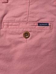 GANT - CHINO SHORTS - shorts - strawberry pink - 4