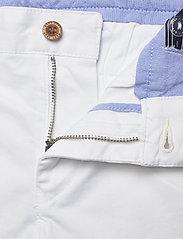 Gant - CHINO SHORTS - shorts - white - 3
