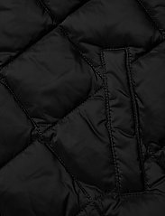 GANT - D1. DIAMOND PUFFER VEST - vests - black - 4