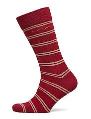 D1. COLLEGIATE STRIPE SOCKS - MAHOGNY RED