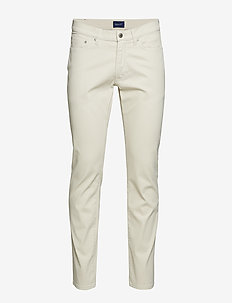 D1. SLIM BEDFORD JEANS - PUTTY