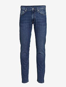 D1. TAPERED GANT JEANS - slim jeans - semi light indigo worn in