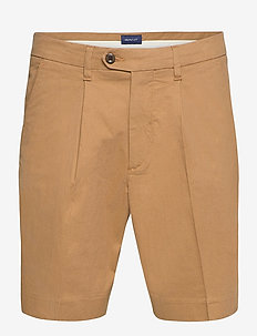 D1. STRUCTURED COTTON PLEAT SHORTS - chinot - clay