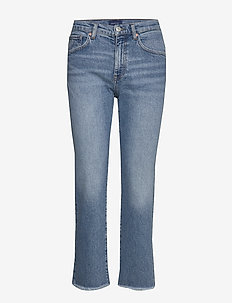 D1. CROPPED AUTHENTIC JEANS - LIGHT BLUE BROKEN IN