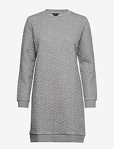 D2. TEXTURE CABLE DRESS - GREY MELANGE