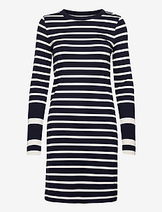 D1. DETAIL STRIPE JERSEY DRESS - midiklänningar - evening blue