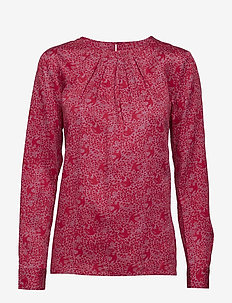 O3. FEATHERWEIGHT PRINTED BLOUSE - RASPBERRY RED