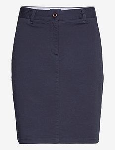 D1. SLIM CLASSIC CHINO SKIRT - pencil skirts - marine