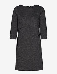 D1. DOGTOOTH JERSEY CL SHIFT DRESS - DARK GREY MELANGE