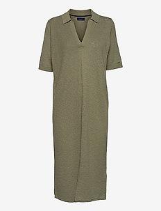 D2. RIBBED RUGGER DRESS - sommerkjoler - aloe green