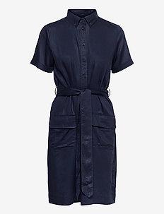 D2. SAFARI SS SHIRT DRESS - sommerkjoler - evening blue