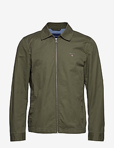 O1. THE GANT WINDCHEATER - DEEP LICHEN GREEN