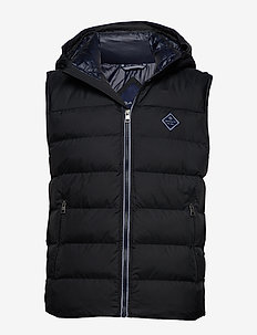 D1. THE ACTIVE CLOUD VEST - BLACK