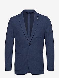 O1. THE COTTON PIQUE SUIT JKT - COLLEGE BLUE