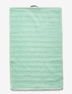 LINE TOWEL 30X50 - handdukar - bay green