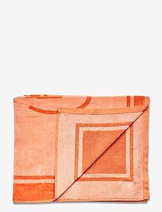GANT BEACHTOWEL 70x140 - beach towels - pale coral