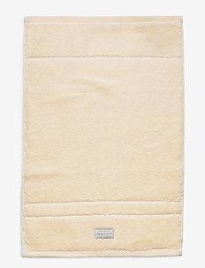ORGANIC PREMIUM TOWEL 30X50 - pyyhkeet & kylpypyyhkeet - eggshell