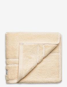 ORGANIC PREMIUM TOWEL 50X70 - pyyhkeet & kylpypyyhkeet - eggshell