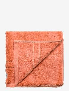 ORGANIC PREMIUM TOWEL 50X70 - towels - pale coral