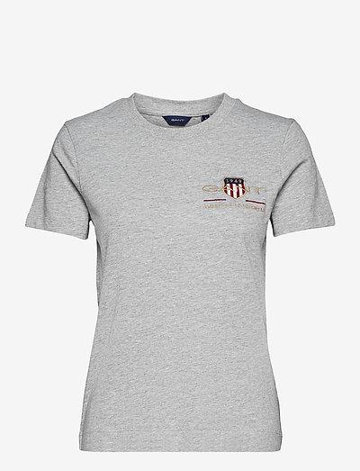 ARCHIVE SHIELD SS T-SHIRT - t-shirts - grey melange
