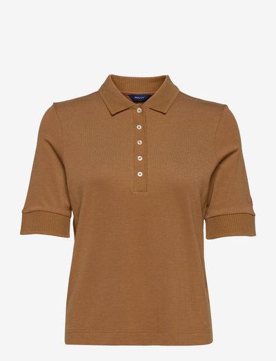 D1. DETAIL COLLAR SS POLO PIQUE - polo shirts - roasted walnut