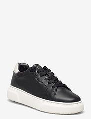 Coastride Sneaker - BLACK