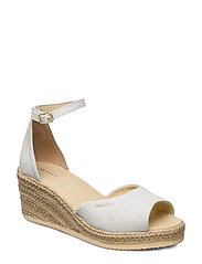 Wedgeville Plateau Sandal - OFF WHITE