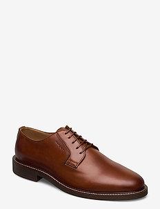 St Akron Low lace shoes - snøresko - cognac