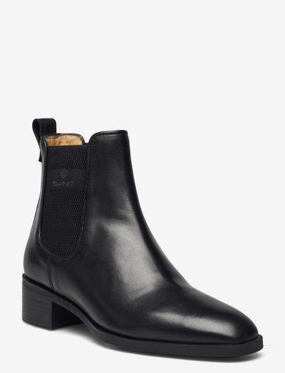 Dellar Chelsea Boot - chelsea boots - black