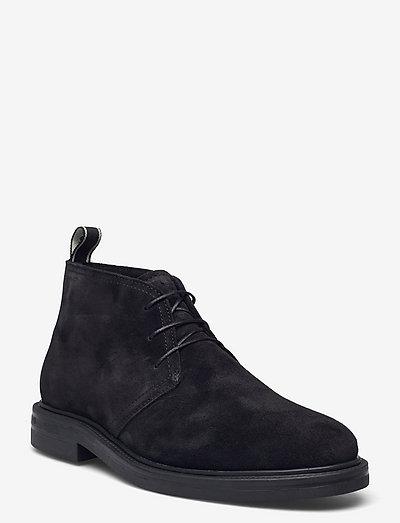 Kyree Mid Boot - desert boots - black