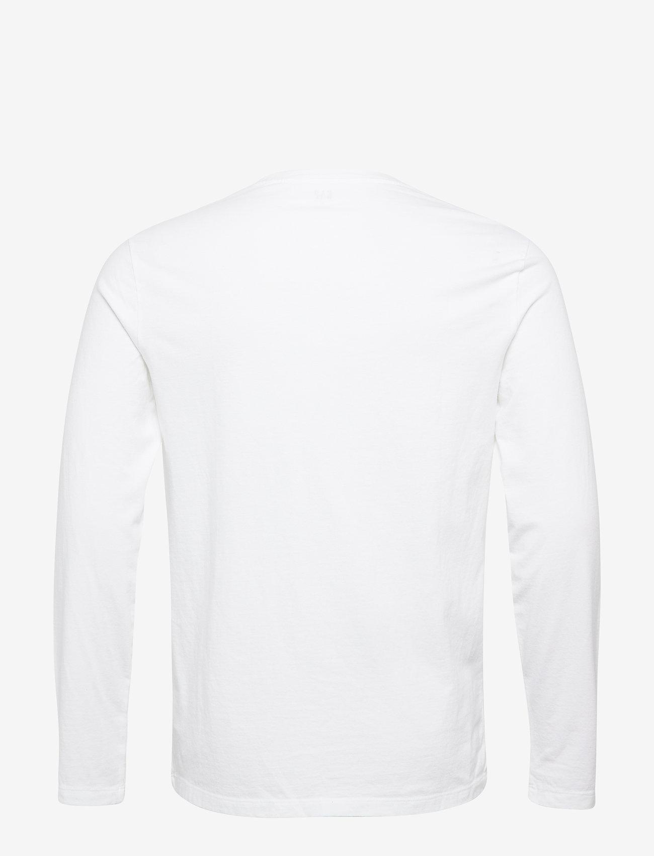 Gaplong Sleeve Classic T-shirt - T-shirts