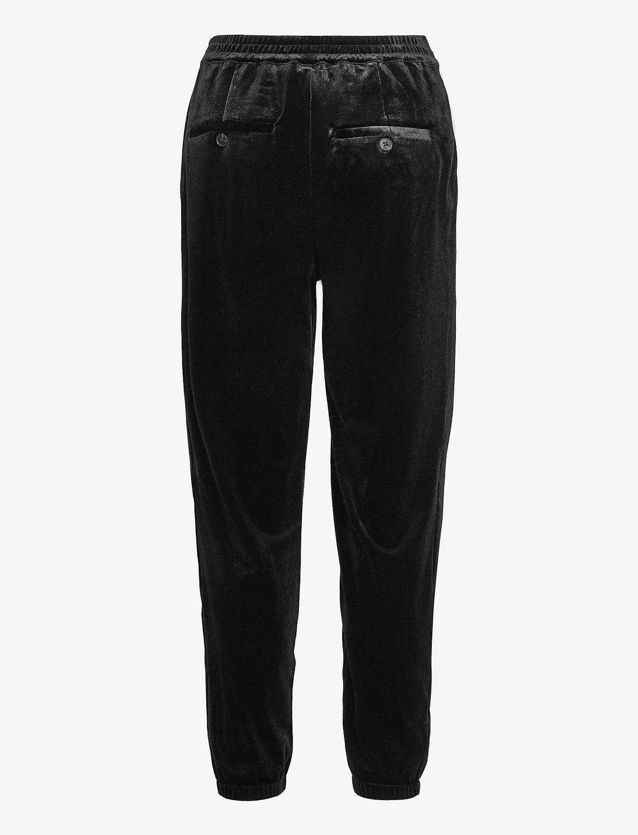 GAP - Velvet Joggers - casual trousers - true black - 1