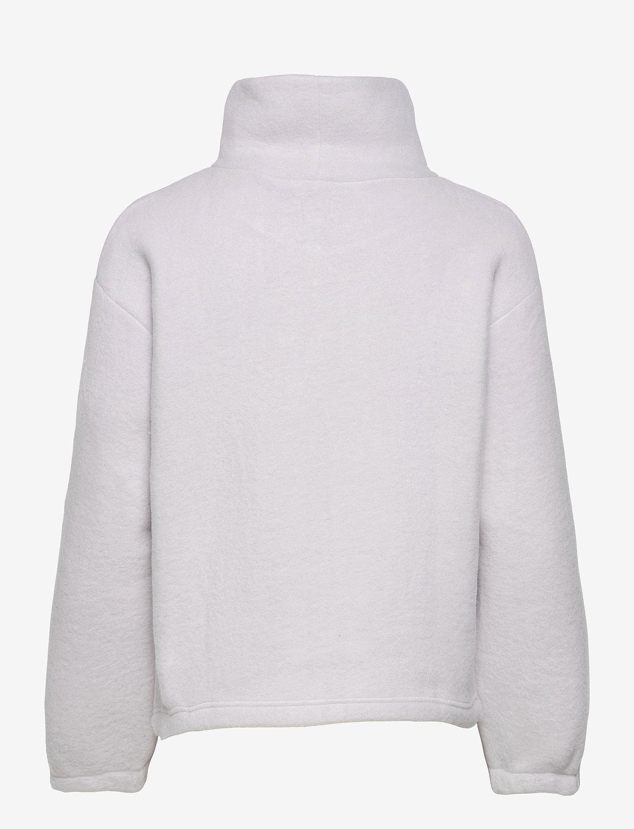 GAP - Fleece Turtleneck Sweatshirt - mid layer jackets - starlight - 1