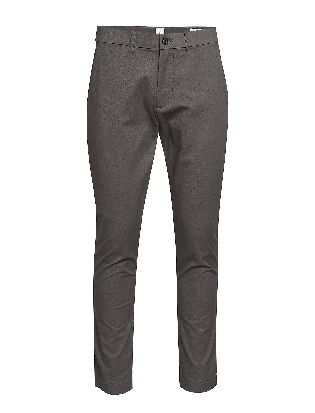 GAP Modern Khakis in Skinny Fit with GapFlex - SOFT BLACK