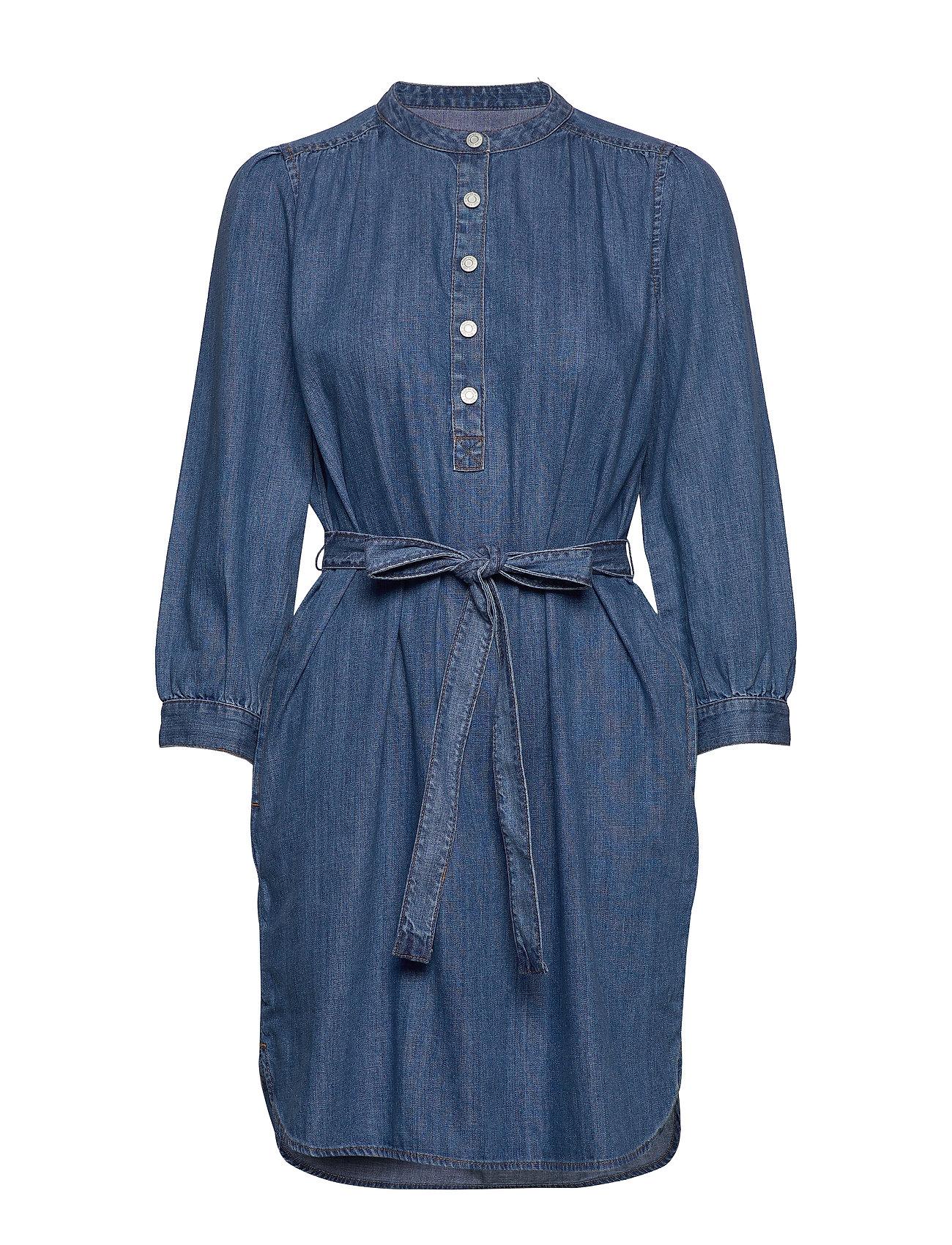 GAP Shirred Popover Denim Shirtdress - MEDIUM WASH