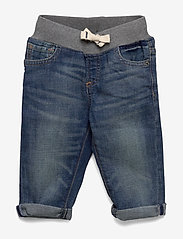 GAP - Toddler Pull-On Slim Jeans with Washwell™ - jeans - medium wash - 0
