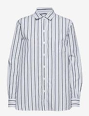 GAP - Stripe Boyfriend Shirt in Poplin - pitkähihaiset paidat - navy stripe - 0