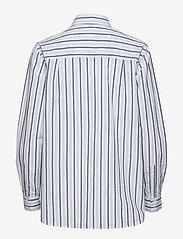 GAP - Stripe Boyfriend Shirt in Poplin - pitkähihaiset paidat - navy stripe - 1